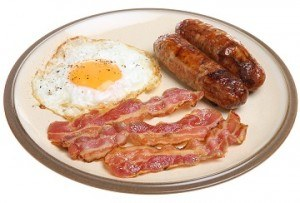 photo of sausages, bacon, and egg