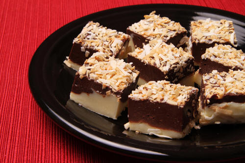 use-coconut-oil-to-make-black-and-white-toasted-coconut-fudge
