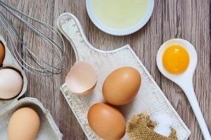 Fresh-Farm-Eggs-300x199