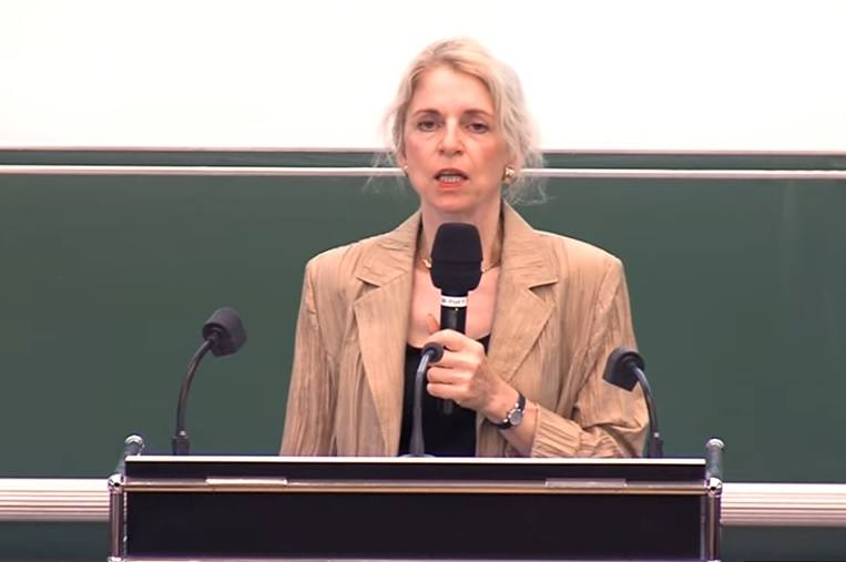 Dr. Karin Michels